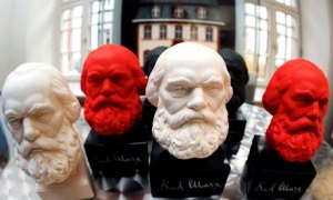 Busts-of-Karl-Marx-007
